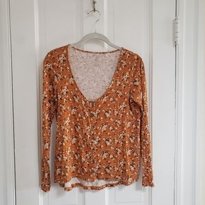 American eagle soft & sexy floral top